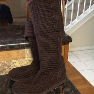 Ugg brown cardy boots sz 7